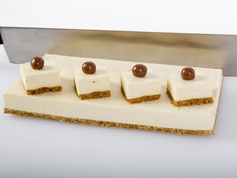 Baileys Cheesecake Slab